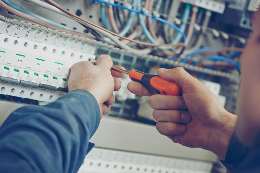 Électricité du bâtiment - Service de Pluritec - Firme d'ingénieurs-conseils